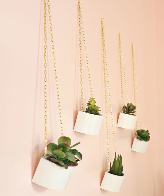 Gold chain planters