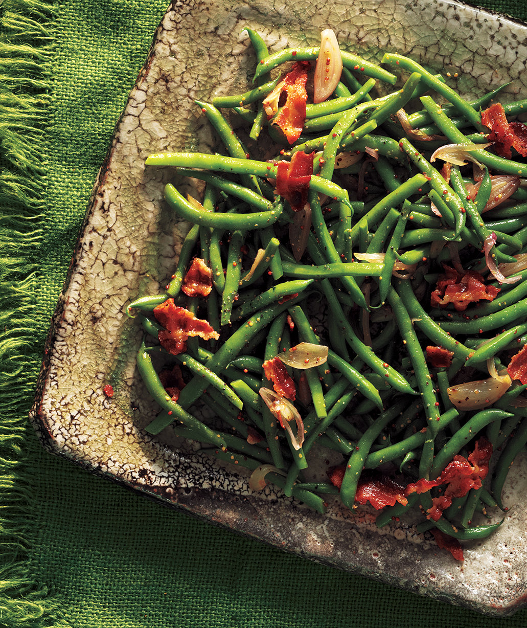 Green beans with bacon vinaigrette thanksgiving green for Easy thanksgiving green bean recipes