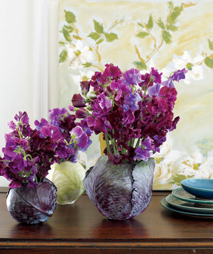 sweet-peas-cabbage-flower-arrangement