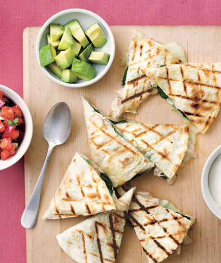 grilled-chicken-spinch-quesadillas