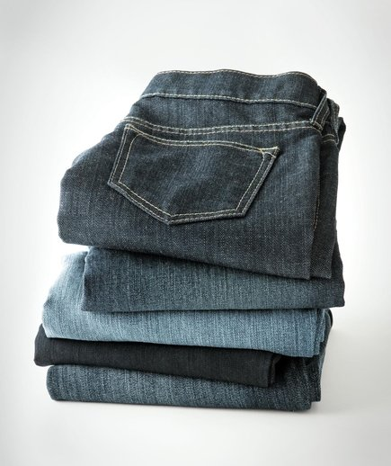 stack-folded-jeans
