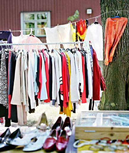 Real Vintage Clothing: Flea Markets, Thrift Shops