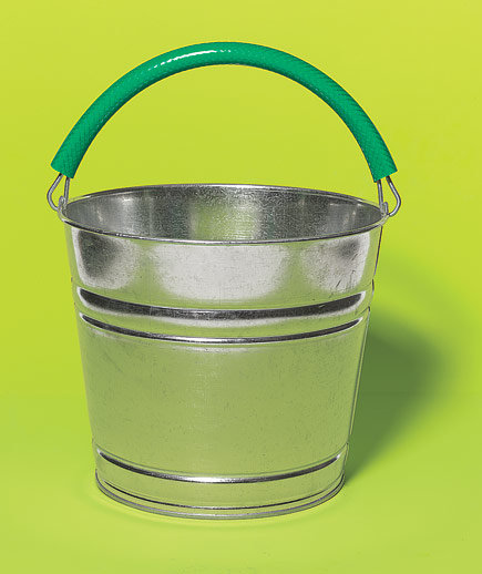 hose-bucket-handle