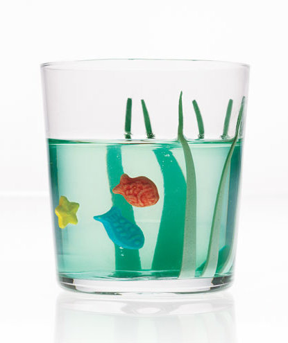 green-gelatin-aquarium-sea-grass-candy-fish
