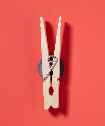 clothespin-refrigerator-magnet