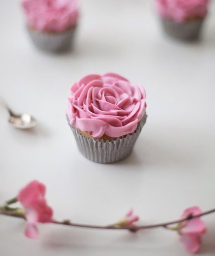 Cupcake Ideas For Wedding: Easy Bridal Shower Cupcake Ideas