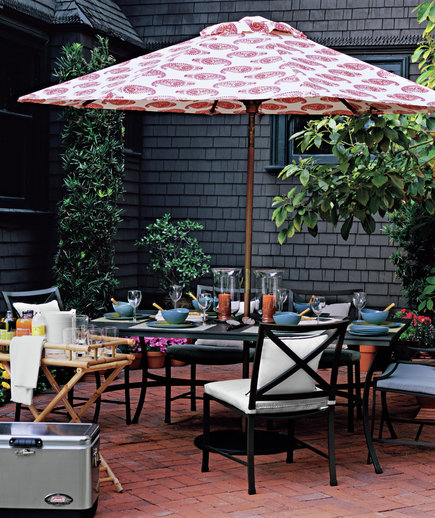 Low maintenance high style outdoor furniture real simple for Low maintenance outdoor furniture