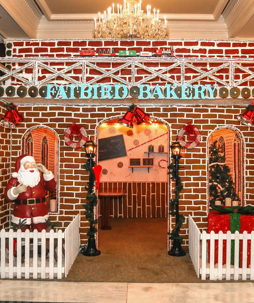 life-size-gingerbread-house