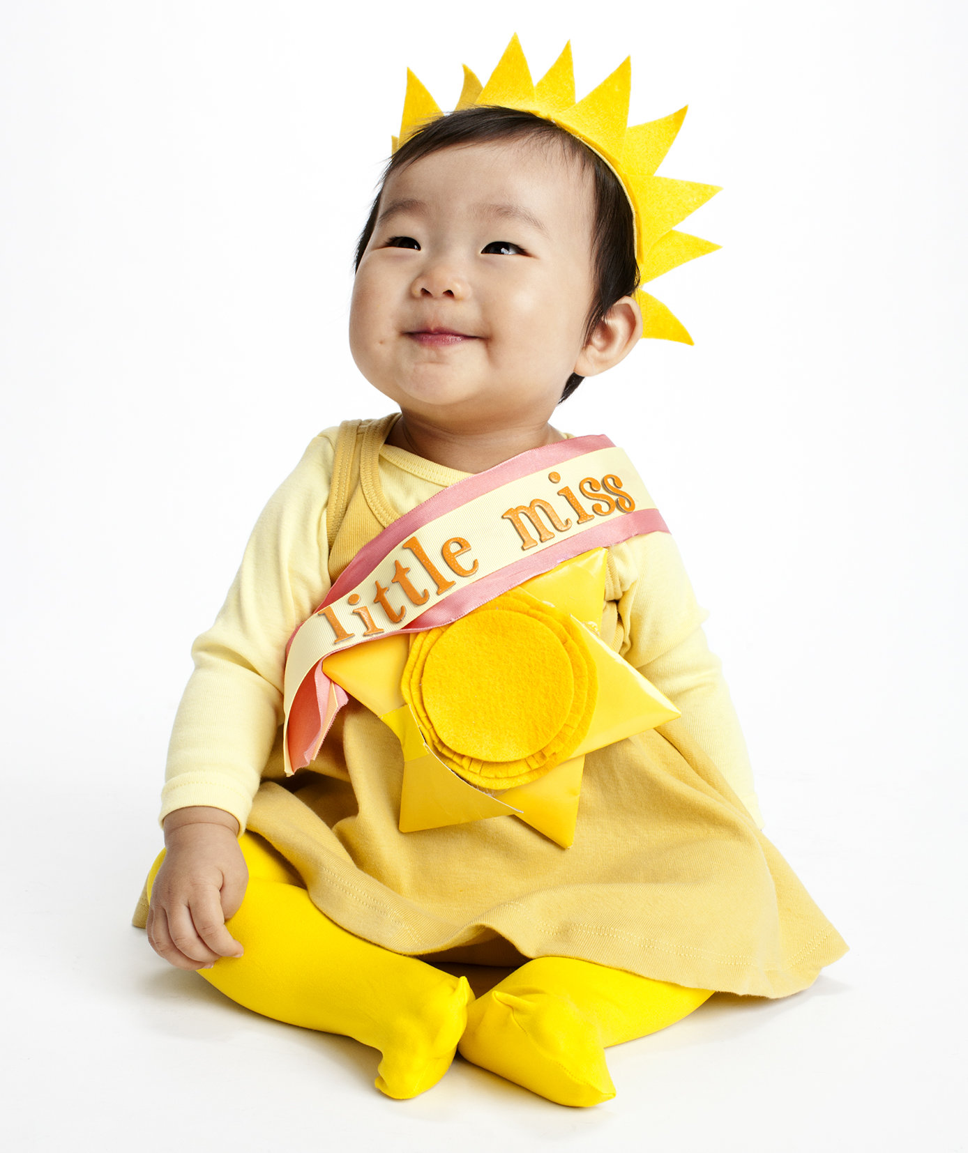 16 easy diy halloween costumes real simple for Simple halloween costumes for kids
