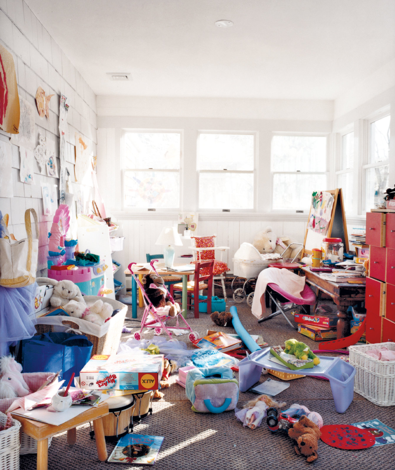 A MESSY PLAYROOM TURNED INTO AN ORGANISED ONE | ideaforyourspace.com