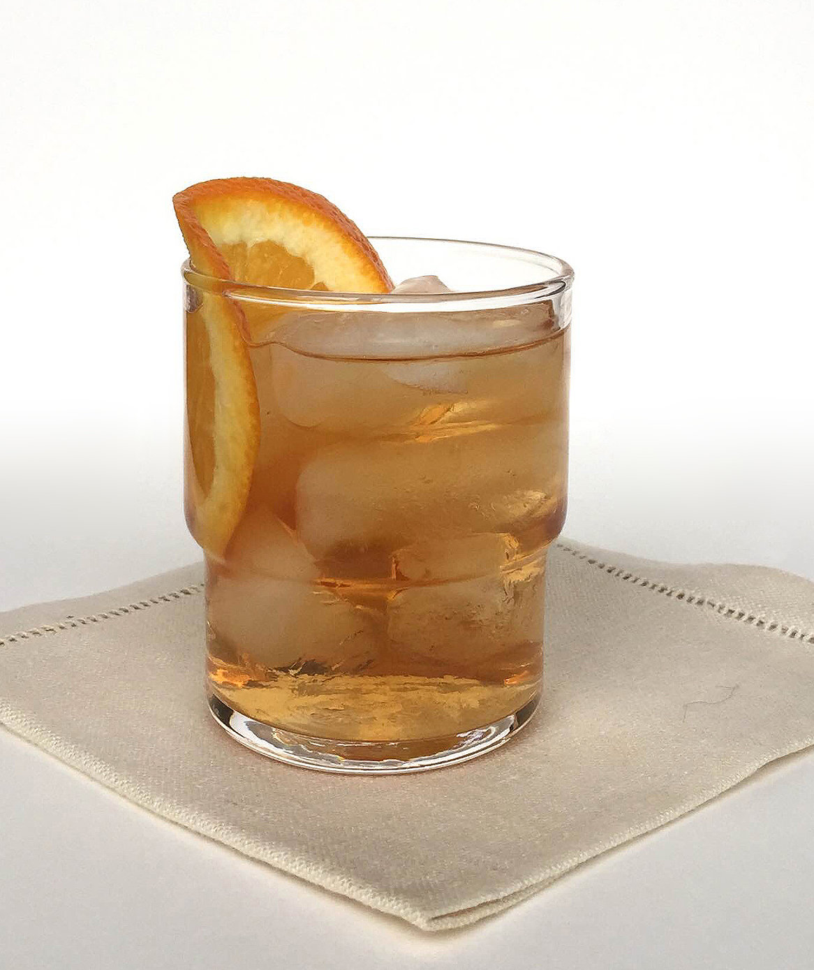 5 classic cocktail recipes everyone should know real simple. Black Bedroom Furniture Sets. Home Design Ideas