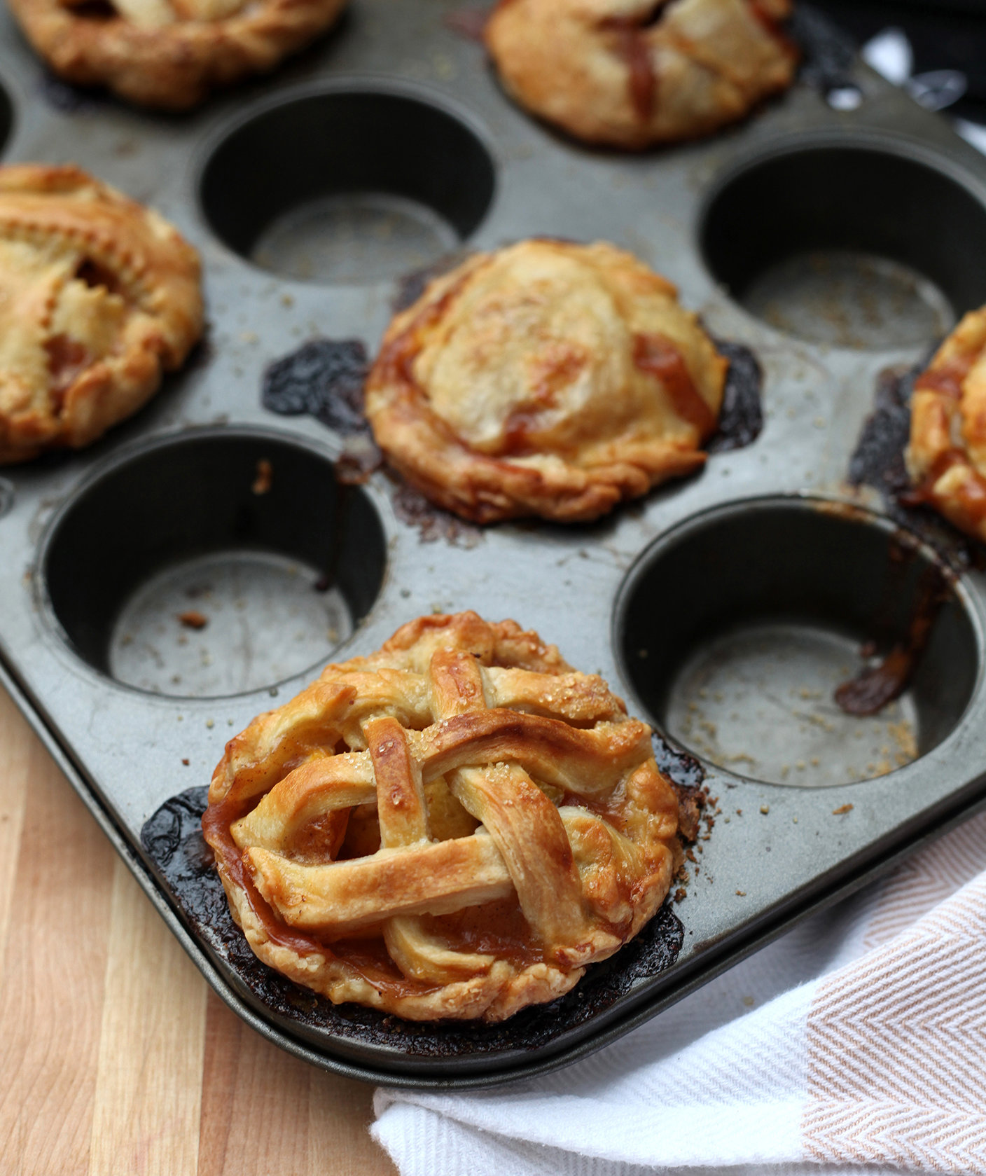 mini-spiced-rum-peach-pies