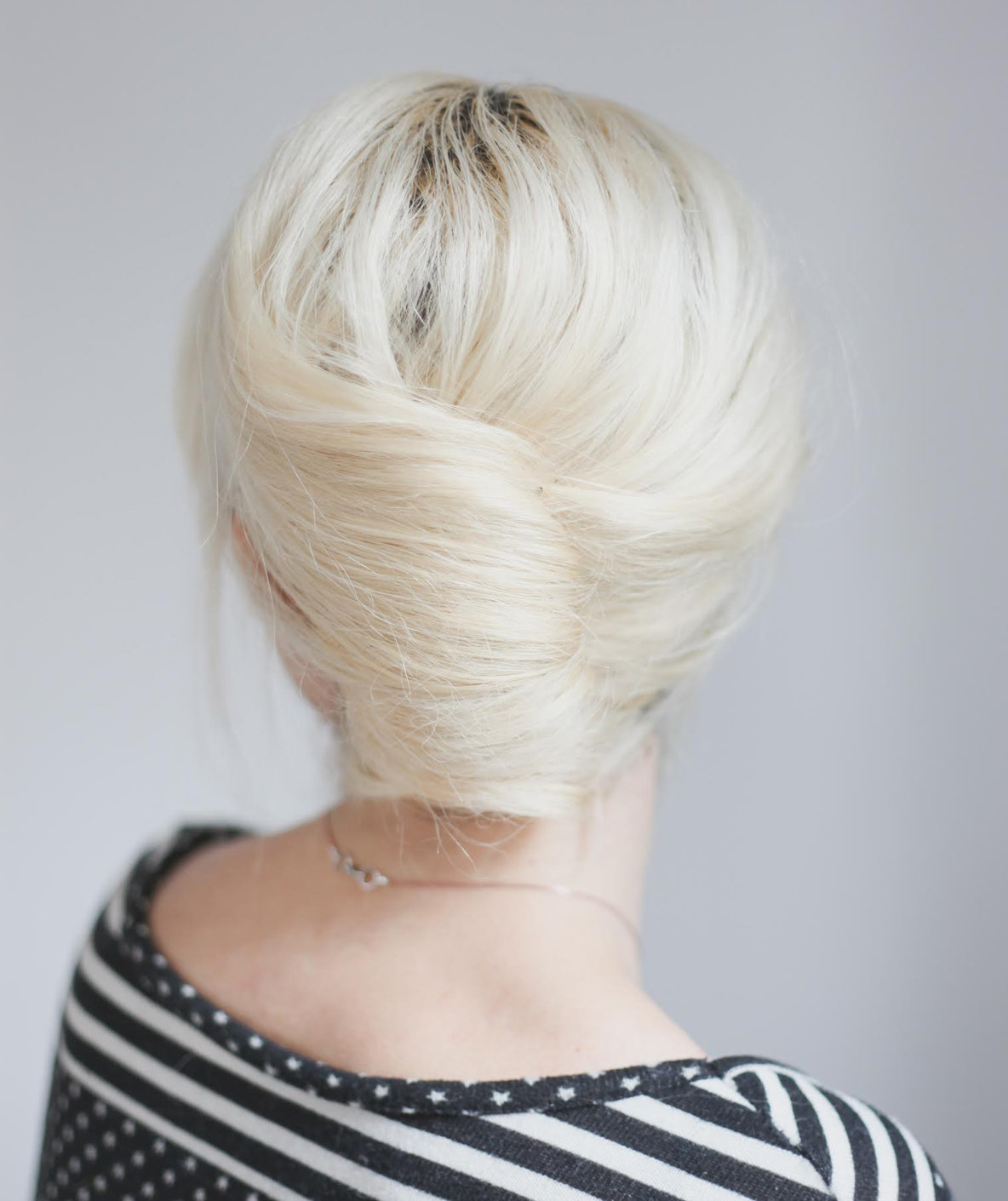 Hairstyle Girl French Roll: Office Ready Hairstyles