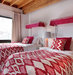 bold-red-pattern-bedding