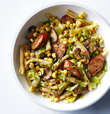 pasta-chicken-sausage-corn-leeks-mushrooms