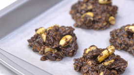 no-bake-chocolate-peanut-butter-oatmeal-cookies